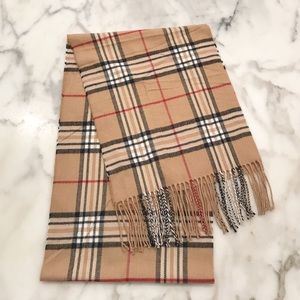 Accessories - 🆕 NWOT 100% Cashmere Brown Plaid Scarf